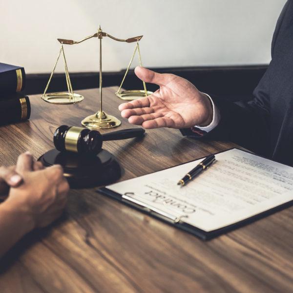 O suporte jurídico no mercado da energia solar fotovoltaica