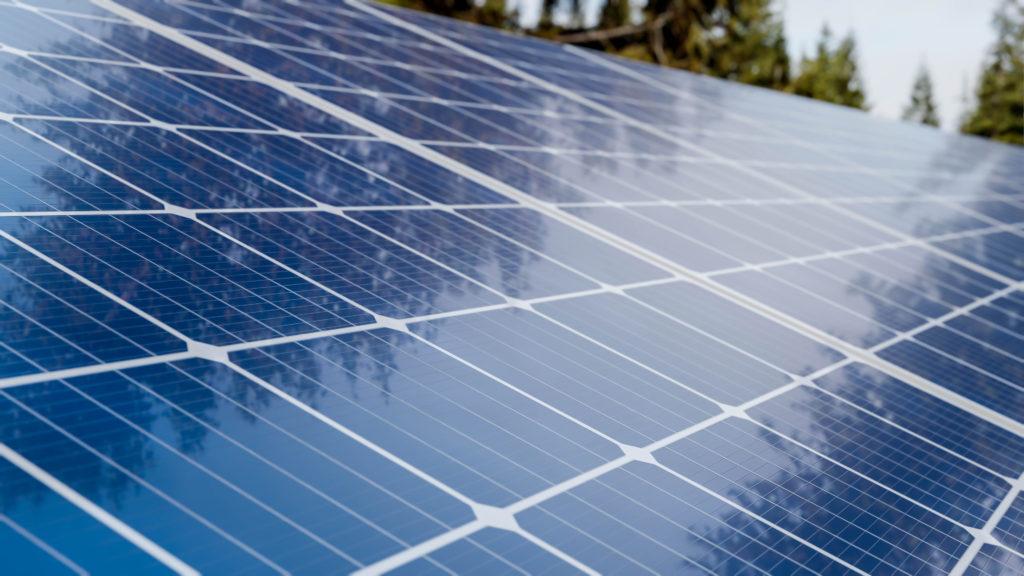 A importância de oferecer um seguro do sistema fotovoltaico ao cliente